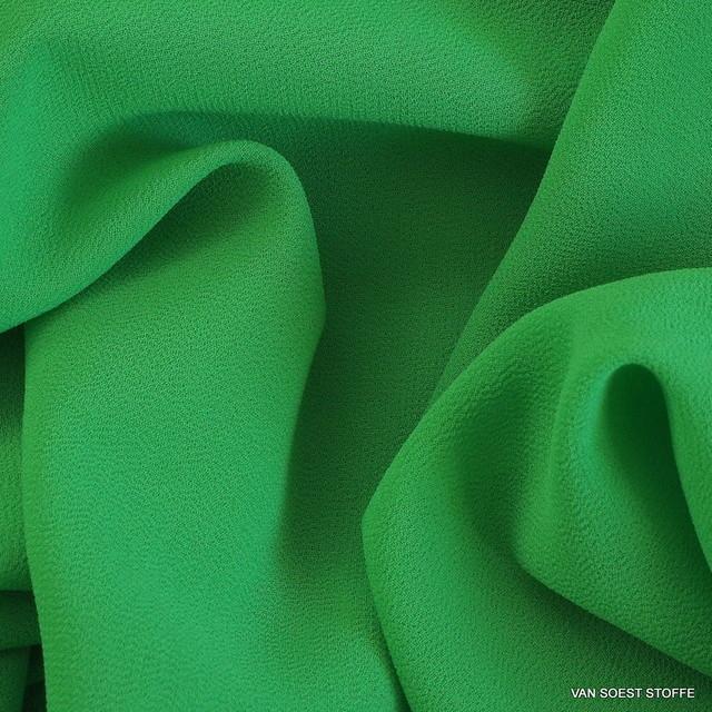 Crepe Chiffon in neuem frischen Grün Ton = Verde