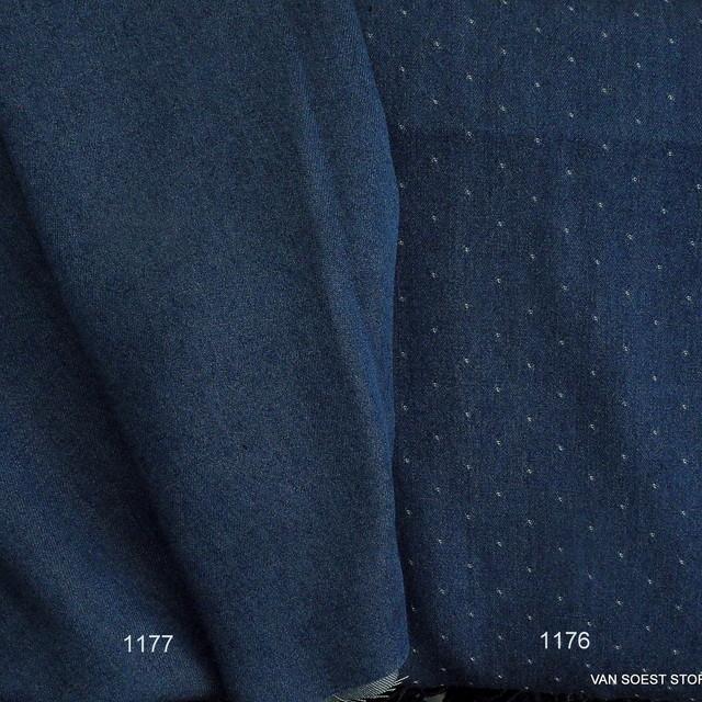 Weicher Jeans Tupfen Stoff in dunkel Blau 008