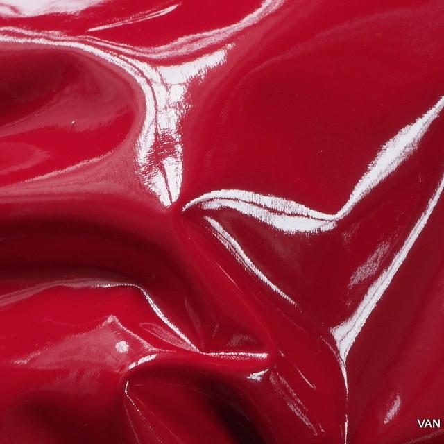 Wetlook soft Vinyl in Farbe Rot mit weicher Abseite
