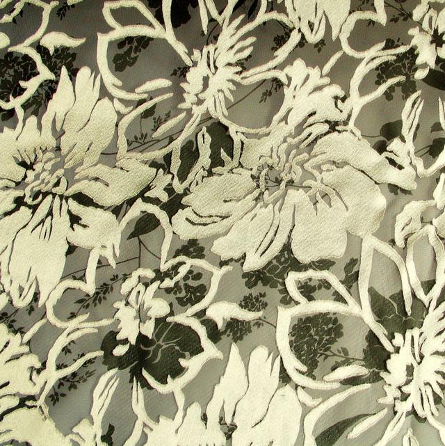 ausgefallene stoffe modestoffe spitzen ausbrenner satin grau ivory farbe beige. Black Bedroom Furniture Sets. Home Design Ideas