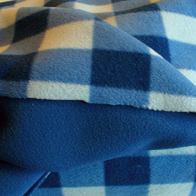 ausgefallene stoffe modestoffe spitzen doppelgewirkter fliess blau wei farbe blau. Black Bedroom Furniture Sets. Home Design Ideas