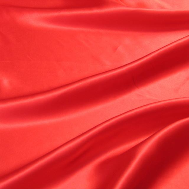 ausgefallene stoffe modestoffe spitzen hochwertiger seidensatin in rot farbe rot. Black Bedroom Furniture Sets. Home Design Ideas